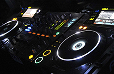 Club Half Moon DJs&Events